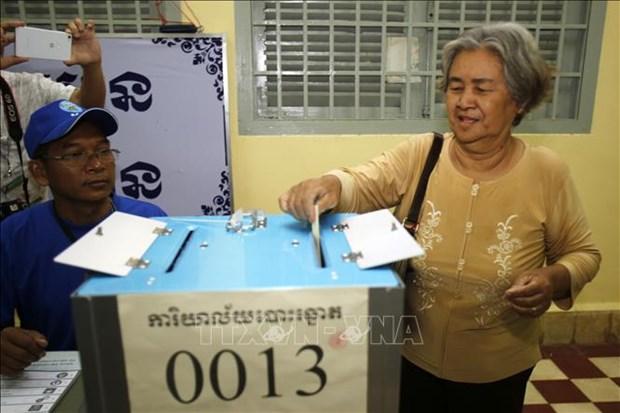 柬埔寨国家选举委员会公布地方选举结果 hinh anh 1