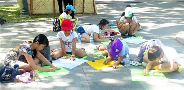 2019年顺化风筝节有助于保护和弘扬顺化传统风筝艺术 hinh anh 2