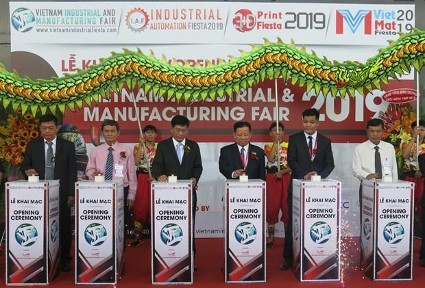 2019年越南工业制造展在平阳省举行 hinh anh 1