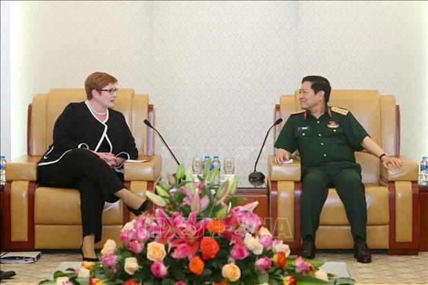 越南国防部部长吴春历会见澳大利亚外长玛丽斯·佩恩 hinh anh 1