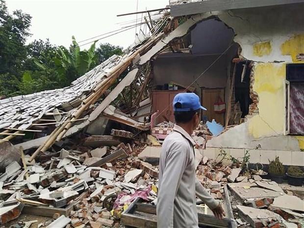 印尼东部发生6.3级地震 hinh anh 1