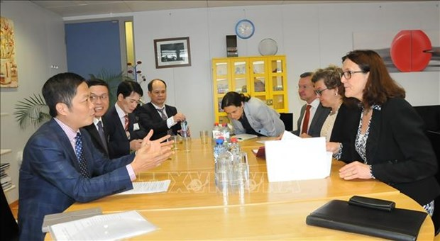 越南与欧盟为《越欧自由贸易协定》早日签署作出积极努力 hinh anh 2
