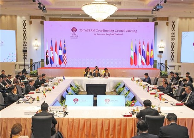 东盟政治安全共同体理事会第19届会议和东盟协调委员会第23届会议在泰国举行 hinh anh 2