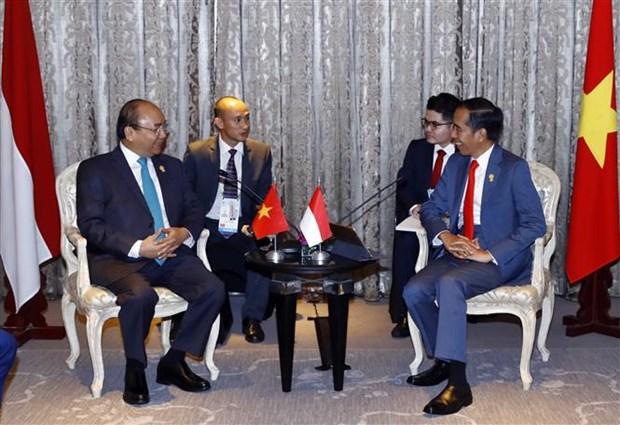 越南政府总理阮春福会见泰国、印尼和新加坡领导人 hinh anh 2