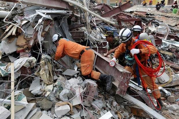 柬埔寨一在建七层建筑倒塌致多人伤亡 hinh anh 2
