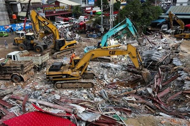 柬埔寨一在建七层建筑倒塌致多人伤亡 hinh anh 1
