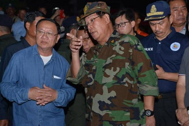 柬埔寨一座七层楼房坍塌事件:洪森总理作出系列人事任免决定 hinh anh 1