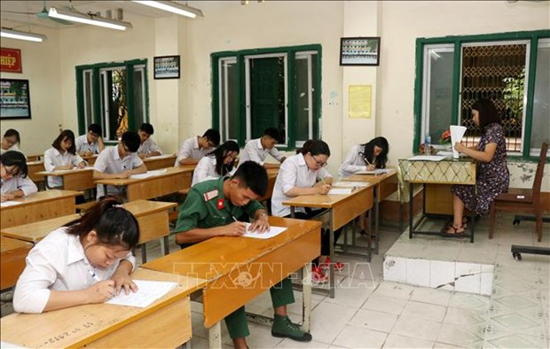 2019年国家高中毕业和大学入学统一考试 全国88万名考生进入考场 hinh anh 1