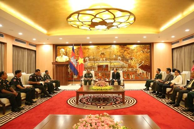 越南首都河内与柬埔寨金边促进友好合作关系 hinh anh 1