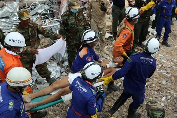 柬埔寨一座七层楼房坍塌事件:洪森总理作出系列人事任免决定 hinh anh 2