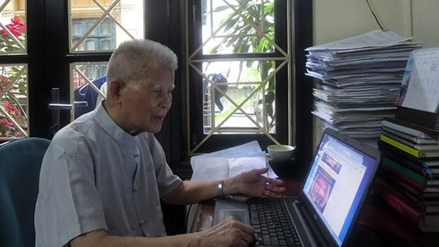 """""""东盟保护生物多样性英雄""""越南科学家邓辉黄 hinh anh 1"""