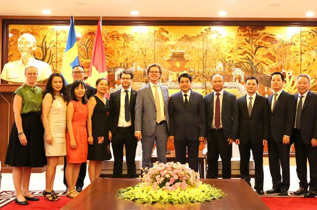 瑞典驻越南大使对河内所取得的成就印象深刻 hinh anh 2