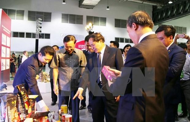 2019年越老贸易博览会——加强两国全面合作的良机 hinh anh 1