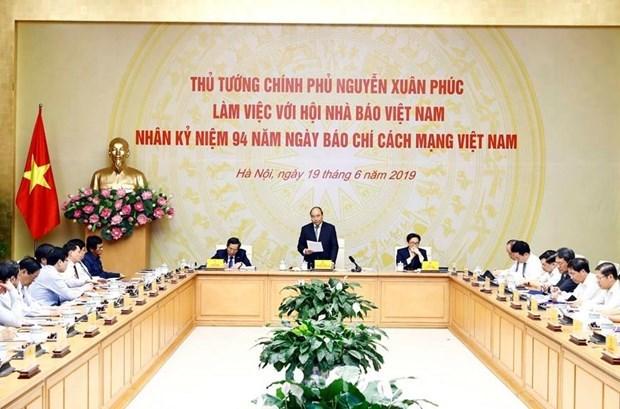新闻媒体和社交媒体在新时期的核心价值 hinh anh 1