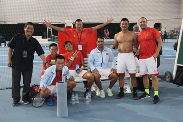 越南队夺得戴维斯杯男子网球团体赛亚太区第三组冠军 hinh anh 1