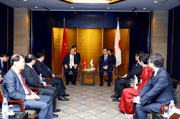阮春福总理与日本领先集团领导举行座谈会 hinh anh 1