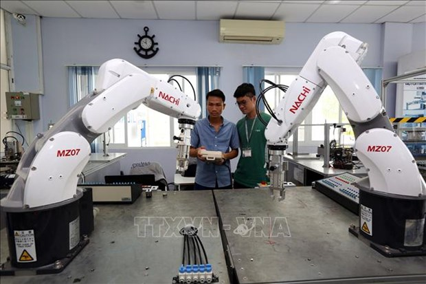 新加坡媒体:越南是经济转型发展的成功典范 hinh anh 1
