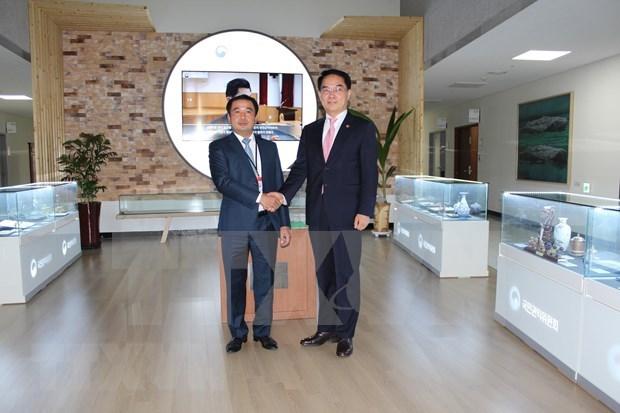 越南与韩国分享反腐败成功经验 hinh anh 1