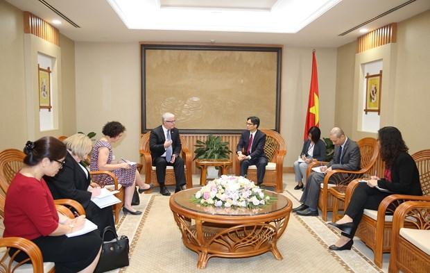 越南政府副总理武德儋会见前来辞行拜会的澳大利亚驻越大使 hinh anh 2