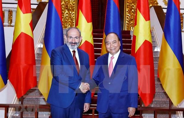 亚美尼亚总理尼科尔·帕希尼扬圆满结束对越南的正式访问 hinh anh 1