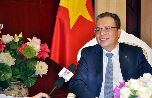 越南驻华大使邓明魁:越南国会主席访华之旅将增进两国政治互信 hinh anh 1