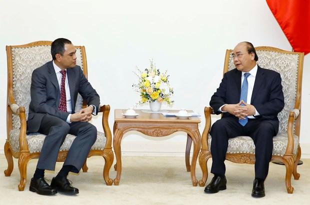 阮春福总理会见马来西亚驻越大使扎姆鲁尼•哈立德 hinh anh 1