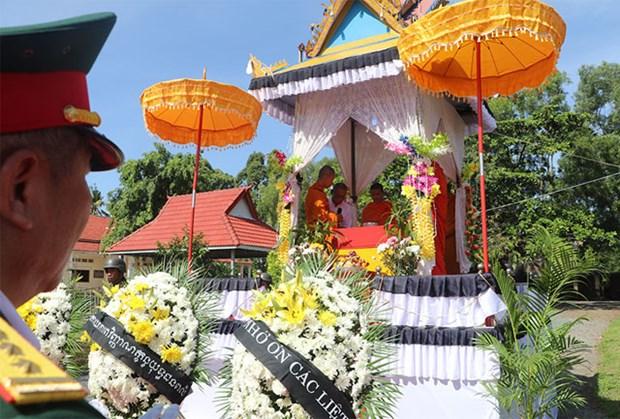 柬埔寨向越南移交22具援建志愿军烈士遗骸 hinh anh 1