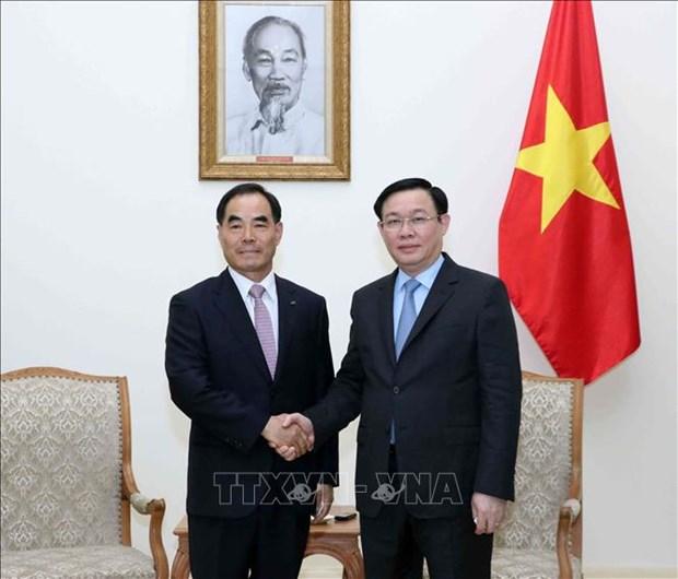 政府副总理王廷惠会见韩国农村发展集团总裁 hinh anh 1