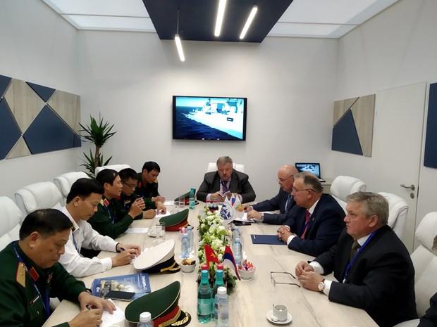 越南代表团出席第九届国际海事防务展 hinh anh 1