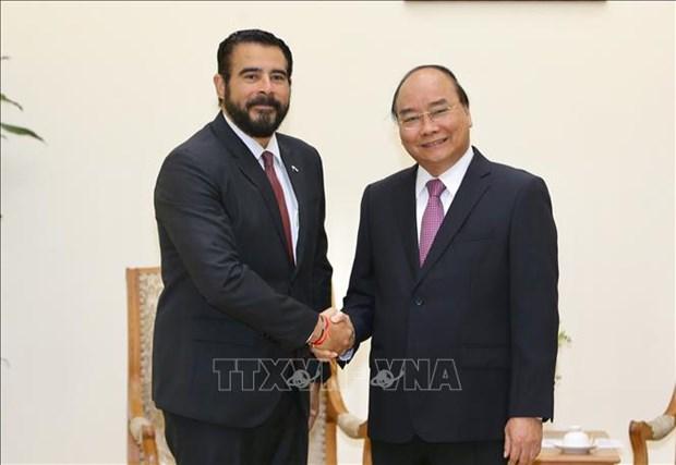 政府总理阮春福会见巴拿马驻越大使萨姆迪奥 hinh anh 1