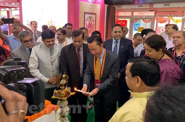 越南参加第七届印度国际丝绸博览会 hinh anh 1