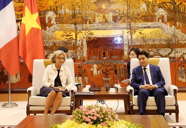 促进越南河内市与法国法兰西岛合作关系 hinh anh 2