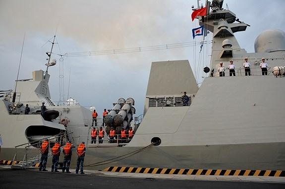 """越南海军016""""光忠""""号导弹护卫舰访问俄罗斯并参加阅兵 hinh anh 2"""