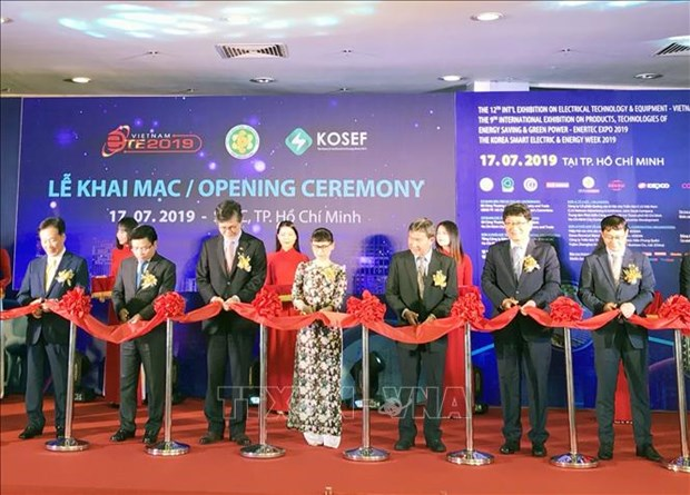 2019年越南国际电力设备与技术展览会开幕 hinh anh 1