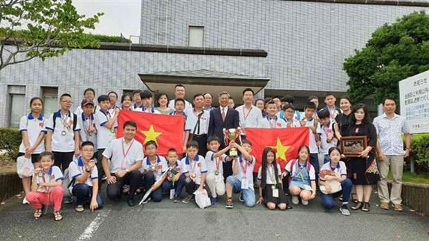 参加世界数学邀请赛的所有越南学生都获奖 hinh anh 1