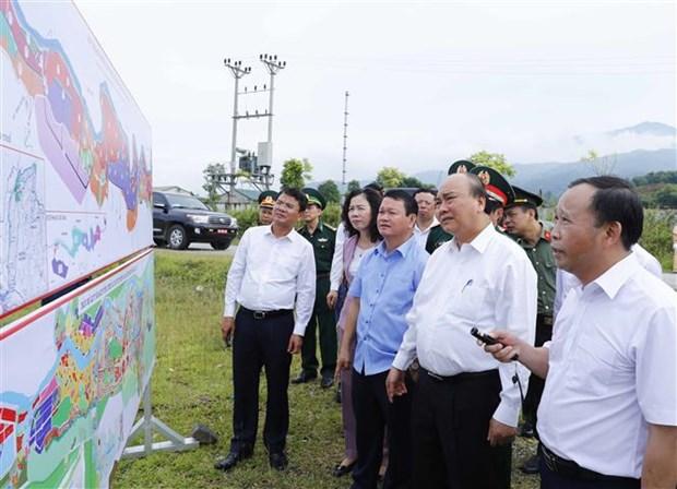 阮春福总理:老街省应努力跻身越南省份15强名单 hinh anh 2