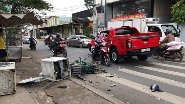 今年上半年交通事故起数下降但交通拥堵严重 hinh anh 1