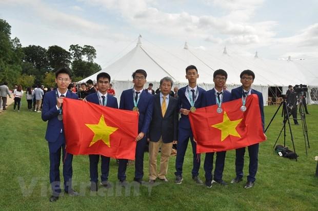 国际数学奥林匹克竞赛主席称赞越南数学培训模式 hinh anh 1