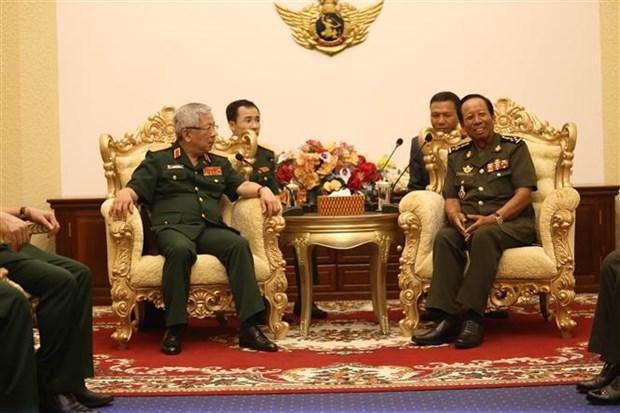 越柬防务政策对话日益走向深入 hinh anh 1