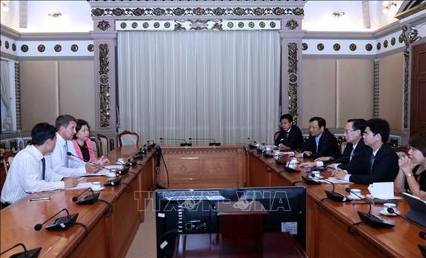 胡志明市与英特尔集团加强合作共促发展 hinh anh 1