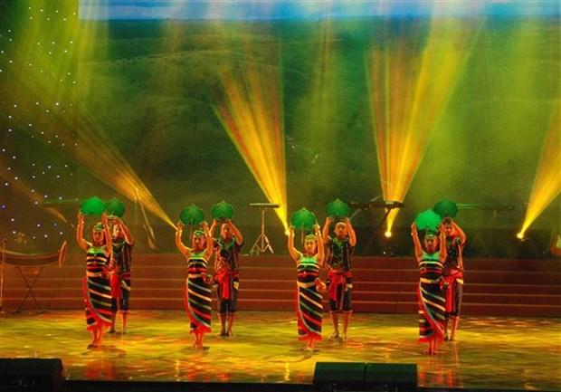 2019年绿色九号公路唱歌比赛吸引近700名歌手和演员参加 hinh anh 2