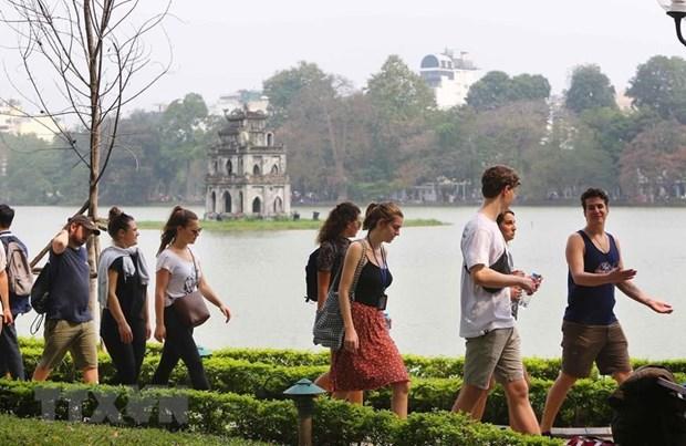 7月份河内市接待游客量增长9.5% hinh anh 1