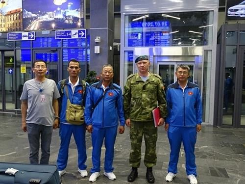 越南狙击手抵达白俄罗斯布列斯特参加比赛 hinh anh 3