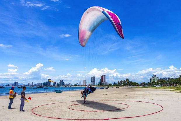 同奈省测站山被评为全国最理想的滑翔伞基地 hinh anh 1