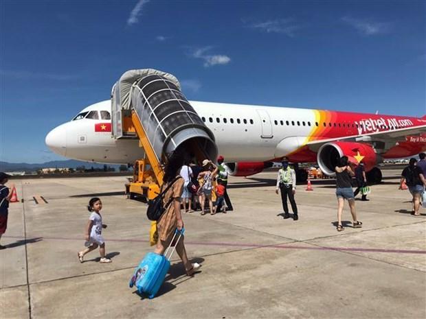 今年上半年越捷航空的航线运输收入增长22% hinh anh 1