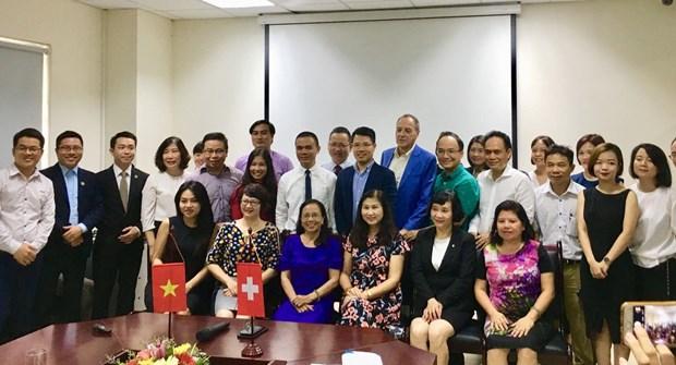 加强越南旅游业及酒店管理人力资源培训领域的国际合作 hinh anh 2
