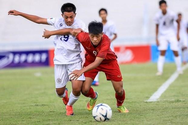 东南亚U15少年锦标赛:越南队闯入半决赛 hinh anh 1