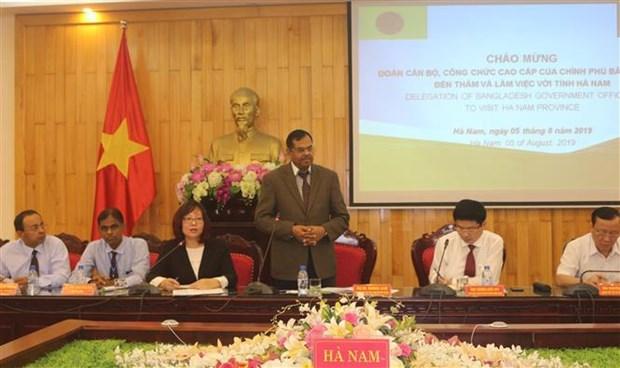 孟加拉国高级干部代表团了解越南河南省投资促进工作的经验 hinh anh 2