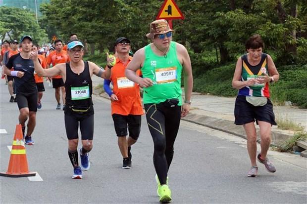 9000多名运动员参加2019年岘港国际马拉松比赛 hinh anh 1