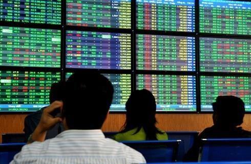 2019年7月政府例行会议:促进证券市场发展 hinh anh 1